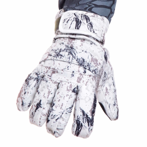Snow Camo Insulated Gloves